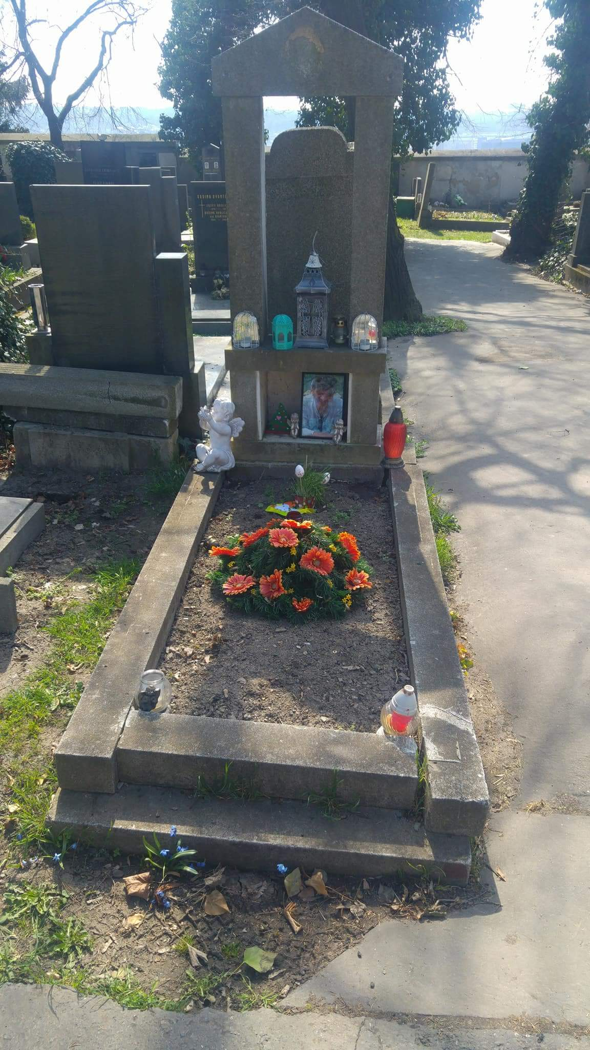 Renovace hrobů